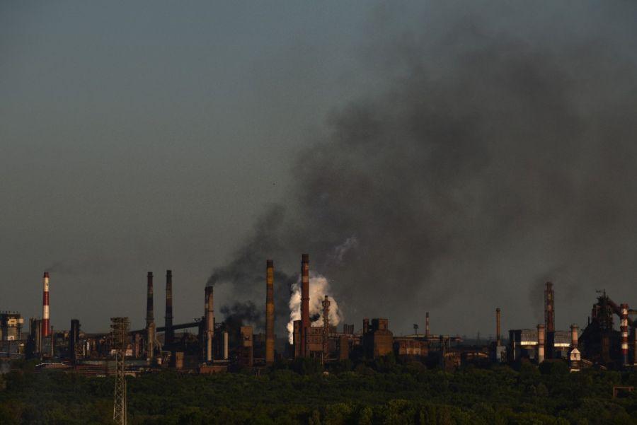 Промышленные города Украины загрязнены тяжелыми металлами и диоксинами, обнаружило новое исследование чешских экспертов